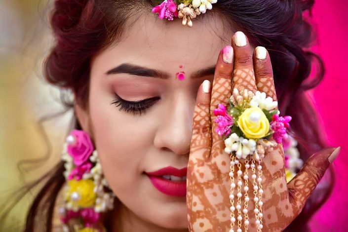 SR Photo Creation - Best Wedding Photographer in Udaipur | Wedding Photography | Haldi and mehndi photography , Bride Haldi photography, Groom mehndi photography | Pre wedding photography in udaipur
